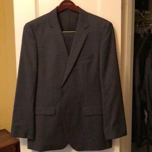 Hugo Boss Suit - Gray - Jacket: 40R, Pants: 36